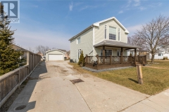 Real Estate Listing   4358 PETROLIA LINE Petrolia