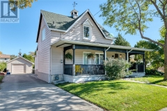 Real Estate Listing   15 ALICE STREET Point Edward